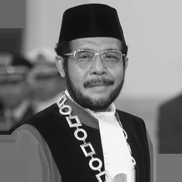 Dr. Anwar Usman, S.H., M.H.